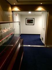 Cunard Queen Mary 2 - Deck 3L (trakked) Tags: cunard queen mary 2 deck 3l