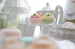 tea time (*tmk*) Tags: cupcake pink green white tabletop styling summer sweet soft bokeh light d5100 nikon nikkor tea