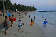 06012015_028_ (ALOHA de HAWAII) Tags: hawaii oahu waikikisunset youngbodysurfers