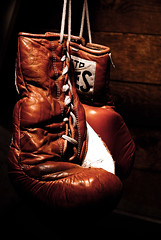 weights_n_gloves-58-Edit (Noel_M_Photo) Tags: 50mm lr3 cs4