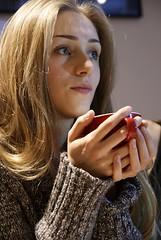 die Kaffeetasse (Steffi-Helene) Tags: portrait coffee caf girl restaurants indoor youngpeople kaffeehaus