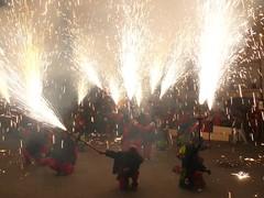 Fireworks , Diables (38) (calafellvalo) Tags: noche fireworks calafell fuegosartificiales nit plvora traca diables masclet calafellvalo castelldefoc diablesdecalafell guaitels festamajordecalafell diablesfireworksfuegosartificialescalafellcalafellvalo