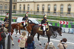 2016.06.03.097 PARIS - La Garde Rpublcaine (alainmichot93 (Bonjour  tous)) Tags: 2016 france ledefrance seine paris garderpublicaine cavalerie cavalier uniforme cheval streetlife