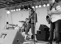 Canada Day band 05 (Eric Hartke) Tags: blackandwhite music film diy band ilfordhp5 canadaday nikkormat filmisnotdead 50f2 loveoffilm
