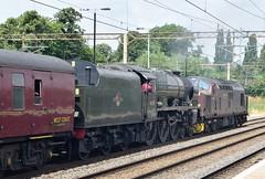 46115 Scots Guardsman/37706 (steevosmith21) Tags: west coast northampton scots carnforth guardsman 37706 46115