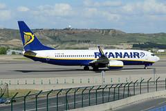 Ryanair Boeing 737-8AS EI-EKP (EK056) Tags: airport boeing ryanair madridbarajas 7378as eiekp
