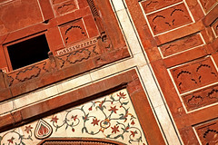 Taj Mahal 216 (David OMalley) Tags: world india heritage river site tomb taj mahal agra unesco mausoleum shah pradesh uttar jahan mughal mumtaz yamuna