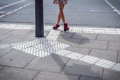 Crossing (uneitzel) Tags: street city summer girl crossing legs sommer crosswalk mdchen kreuzung beine pedxing fussgngerbergang ankleboots olympusem5 mzuiko1250mm