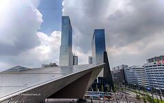 Gebouwen naast Centraal Station in Rotterdam (Frits Kooijmans) Tags: 2016 nederland rotterdam centraal station