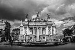 Lviv Theatre of Opera and Ballet (Sandronn) Tags: lviv theatreofoperaandballet   theatre