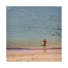 Playeando... (ngel mateo) Tags: ngelmartnmateo ngelmateo playadesomocuevas liencres cantabria espaa playa arena culo hombredesnudo playanudista somocuevasbeach sand beach spain ass nakedman nudebeach fkk