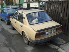 koda 105 L (Skitmeister) Tags: auto classic car vintage automobile czech voiture oldtimer czechoslovakia skoda classique klassiker pkw  klassieker czechoslovak  koda esko esk carspot skitmeister