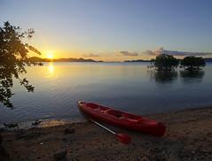 Crossing between islands on a kayak (Twilight Tea) Tags: kayak philippines may palawan 2016 diveresort coronbay chindonan