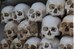 072-Cambodia (Beverly Houwing) Tags: skulls cambodia torture phnompenh imprisonment interrogation khmerrouge polpot kampuchea choeungek killingfield
