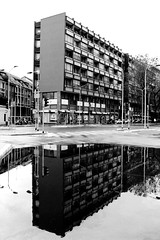Milano (Alax66) Tags: italy italia milano metropolis palazzo riflessi lombardia luce pozzanghera metropoli