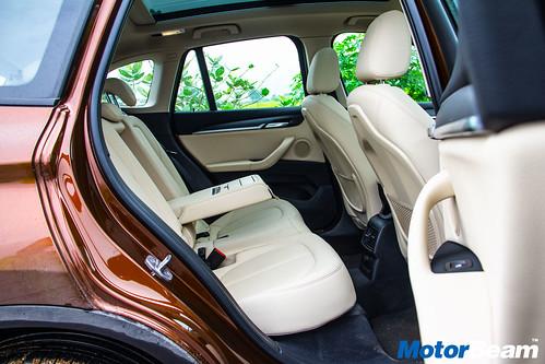 2016-BMW-X1-16