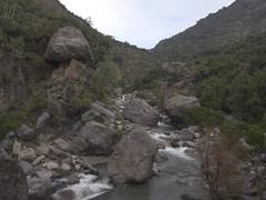 Reserva Coyanco - Rocas enormes (Jos BG) Tags: naturaleza nature rio river cajondelmaipo a5000 sonya5000