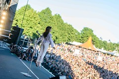 Florence Welch 88 (barefootmusicians) Tags: barefoot feet musician singer stage performs performance live concert