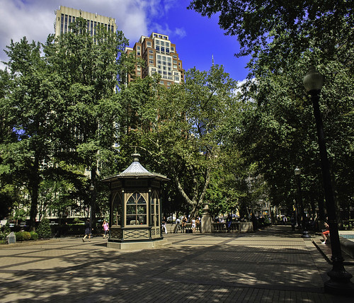 Thumbnail from Rittenhouse Square