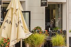 Johann! (wohnblogAt) Tags: 6000px cafjohannsalzburg cafejohannsalzburghauptbahnhof hauptbahnhofsalzburg salzburg visitsalzburg kaffee restaurant wohnblogat guest visitaustria tourist
