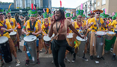 Dancing with the Drummers (McTumshie) Tags: 20160829 london nottinghill nottinghillcarnival tribo carnival costumes drummers drumming drums festival parade streetparty england unitedkingdom londonist