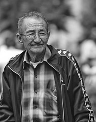 A man in coyoacan (L Urquiza) Tags: portrait candid men old retrato bw monocrome