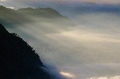 Sunrise, Mount Gunung Bromo, Java Island, Indonesia (ARNAUD_Z_VOYAGE) Tags: mount gunung bromo java island indonesia landscape boat sea southeast asia borneo people nature amazing color mountain massif volcano sunrise tengger semeru national park sand cemoro lawang cloud clouds brahma penanjakan