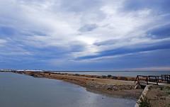 Tarde oscura en las salinas (Fotgrafo-robby25) Tags: atardecerenelmarmenor fujifilmxt1 lopagnmurcia marmenor nubes salinasyarenalesdesanpedrodelpinatar