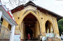 DSC_5434 (seanatron123) Tags: myanmar mawlamyine asia nikond5100 monk