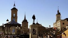 Plaza de Cervantes (Alcalá de Henares) (santiagolopezpastor) Tags: madrid españa spain espagne worldheritage castilla comunidaddemadrid alcaládehenares patrimoniodelahumanidad