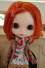 Obi's Rainbow Scarf (Emily1957) Tags: light colors scarf toy toys rainbow nikon doll dolls knit kitlens naturallight blythe freckles redhair sugarbabylove nikond40 blytherescuemission friendlyfreckles byminklet amloro16