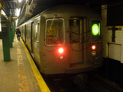 201504147 New York City subway station 'Court Square' (taigatrommelchen) Tags: nyc newyorkcity railroad urban usa ny newyork station train subway railway tunnel icon queens transit mta mass r68 20150417