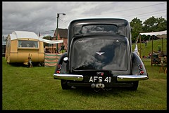 Hillman-and-Caravan (zweiblumen) Tags: classic 1936 vintage trailer caravan hdr polariser blackcountrylivingmuseum 1940sweekend canoneos50d zweiblumen hillman16