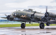 B-17 at Duxford (f0rbe5) Tags: sallyb b17g boeingb17flyingfortress boeingb17 boeing b17 flyingfortress airworthy aircraft airplane aeroplane bomber mediumbomber usaaf usarmyairforces europeantheatreofoperations eto wwii worldwarii secondworldwar 4485784 124485 tb17g eb17g trainer surveyaircraft vehicle propellers rotating survey gbedf gingerrogers wellmeetagain 447thbombgroup memphisbelle green blue black yellow white noseart multiengine ellysallingboe tedwhite b17preservationltd b17charitabletrust iwm imperialwarmuseum rafduxford duxford duxfordairshow cambridgeshire uk 2013