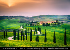 Italy - Tuscany - Toscana - Curvy road of Val d'Orcia at Sunset ( Lucie Debelkova / www.luciedebelkova.com) Tags: valdorcia tuscany toscana italy italia italian italie europe eu it world exploration trip vacation holiday place destination location journey tour touring tourism tourist travel traveling visit visiting sight sightseeing light lights dawn dusk wonderful fantastic awesome stunning beautiful breathtaking incredible wwwluciedebelkovacom luciedebelkova luciedebelkovaphotography sunset nature landscape