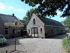boerderij 'Land houdt stand' (Gein-Noord 21), Abcoude (bcbvisser13) Tags: boerderij geinnoord abcoude landhoudtstand dwarshuisboerderij erf schuur nederland eu provutrecht holland bcbvisser13