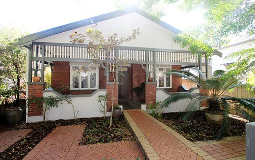 9 Swan St, Cooks Hill NSW 2300