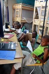 Jongens aan het studeren