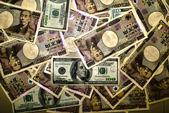 Yen & Dollars (FAIL - First Attempt In Learning) Tags: money japan bread japanese us bills capital chips foreign bucks yen exchange currency dollars wealth payments funds eduography
