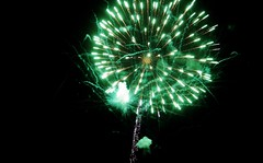79 (_T_Willi_95) Tags: summer night fireworks michigan fourthofjuly photograghy lakeorion canont3i rebelt3i