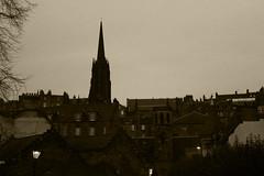 The city never sleeps at night (mariapf94) Tags: city sunset night scotland edinburgh