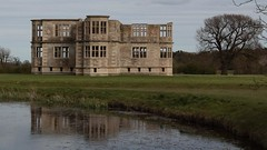 Lyveden New Bield & its reflection (Carol Spurway) Tags: new nt northamptonshire elizabethan nationaltrust newbuild lyveden bield oundle