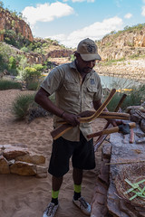 Katherine Gorge Aborigional spear throwing lesson-2
