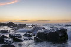 Blker Steine (rahe.johannes) Tags: blk sonnenuntergang schleswigholstein meer baltic ostsee steine wellen brandung