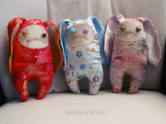 Zombie Bunnies (RD1630) Tags: zombie bunny hase toy plushie chinese silk spielzeug handmade handgemacht