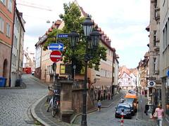 Petit dtour (domi1951 >2 000 000 views thks !) Tags: nuremberg ruemontante