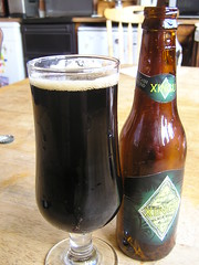 Old Xingu Black Beer 4.6% 330ml  20032013 24-07-2016 - In the Glass (Lord Inquisitor) Tags: xingu black beer brazilbeer intheglass