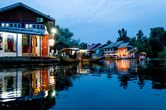 Floating Market... (mehtasunil) Tags: market floating dallake srinagar kashmir indiapictures indiashutterbugs nightmarket leicalens leicaq leicaimages leicacamera leicaforum leicaindia