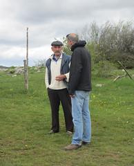 Dejan chats with farmer at Vidikovac, Uvac Nature Reserve, Serbia (Paul McClure DC) Tags: uvac naturereserve serbia srbija zlatibor druinie vidikovac sjenica balkans may2016 people scenery