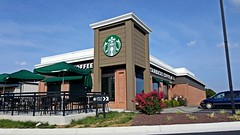 Starbucks Coffee in Winchester, Virginia (SchuminWeb) Tags: schuminweb ben schumin web july 2016 virginia va winchester pleasant valley road starbucks coffee starbuckscoffee kfc kentuckyfriedchicken kentucky fried chicken colonel sanders building converted buildings recycled architecture conversion reused fast food restaurant restaurants store stores yum brands shop tan brown green red brick repurposed former brand sign signs signage signing foods fastfood quick service jubalearly drive pleasantvalley